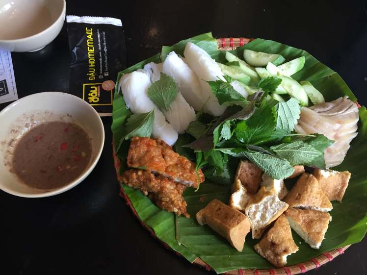A platter of bún đậu mắm tôm with some salty shrimp paste to dip.