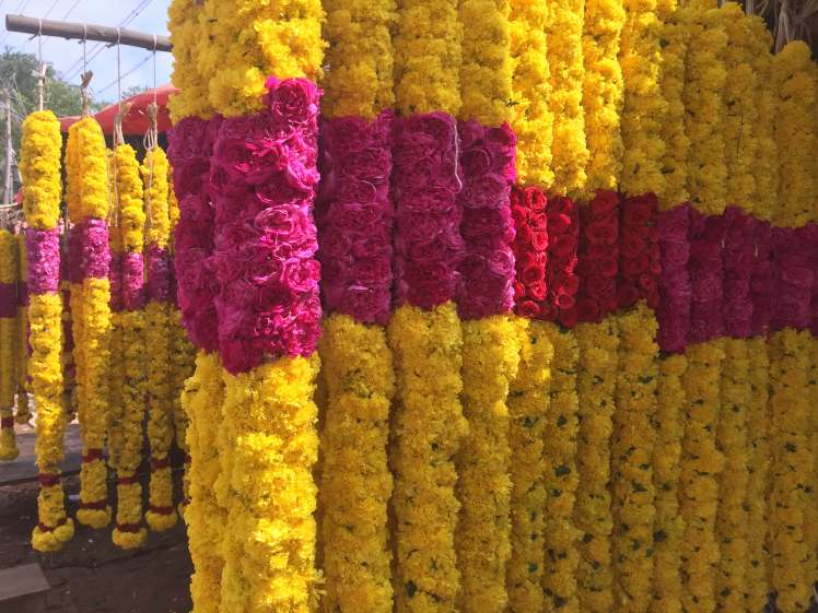 Hindu Garlands in Thanjavur, Tamil Nadu, India