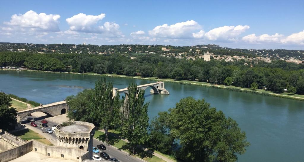 Le Pont Saint-Bénézet in Avignon, France