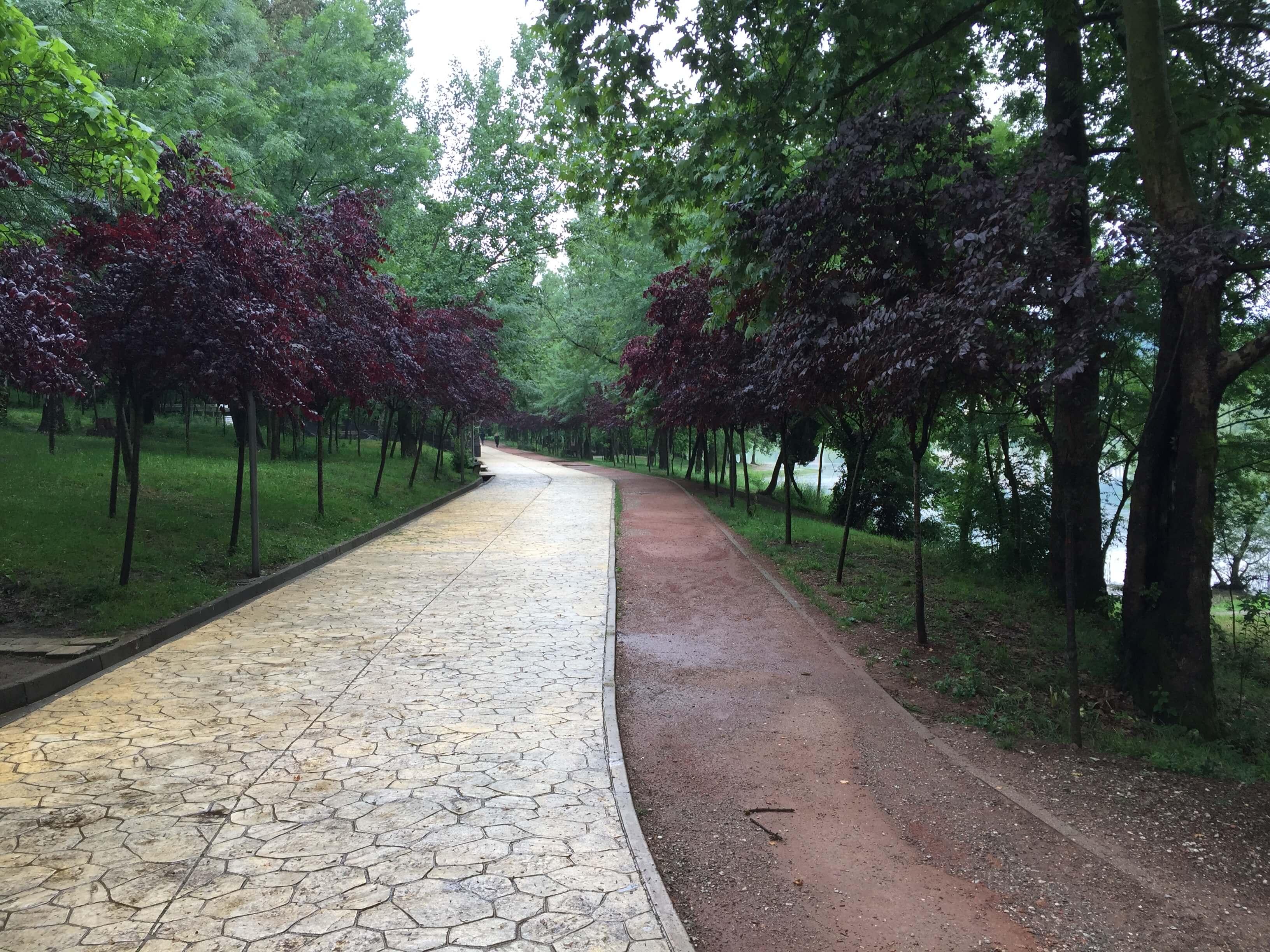 Parku i Madh i Tiranës, Tirana, Albania