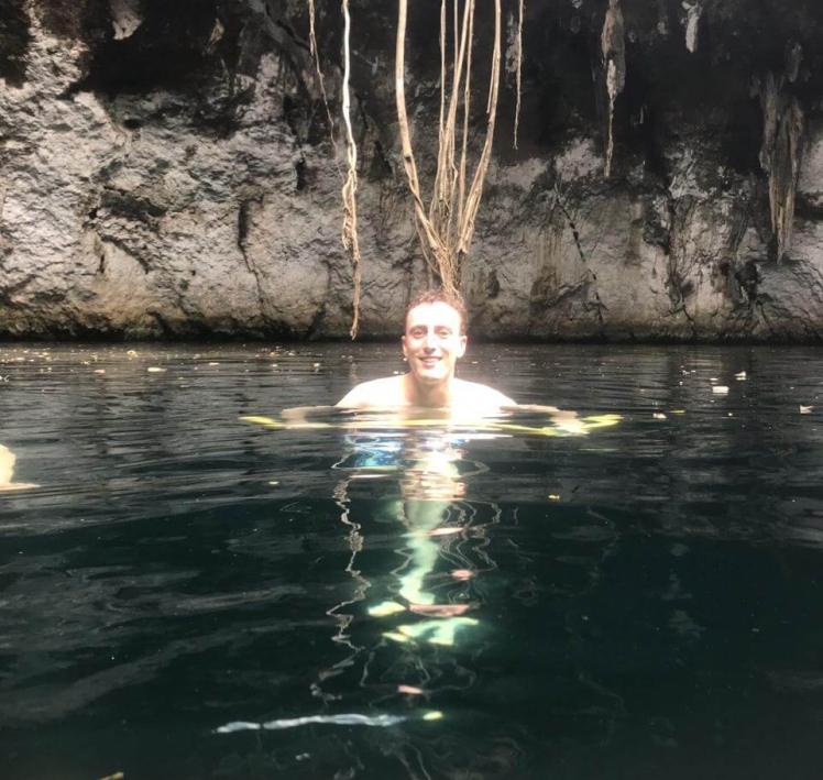 Swimming in Cenote Suhem in Yucatán, México