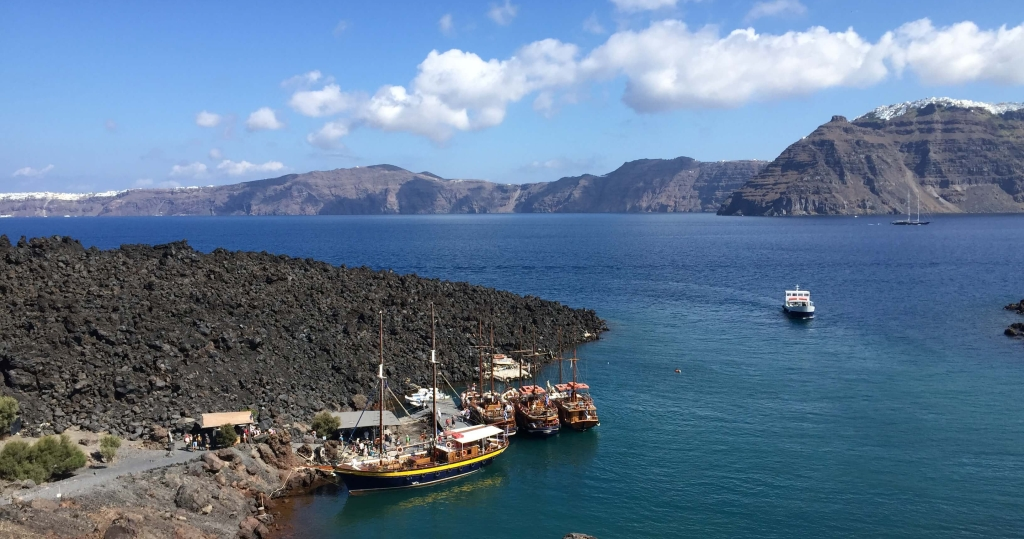 Volcanic Lagoon in Santorini, Greece